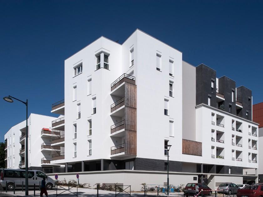 LOEIZ CARADEC ET FRANCOISE RISTERUCCI ARCHITECTES. SARL ARCHITECTURE ET URBANISME. 6 IMPASSE DE MONT-LOUIS. 75011 PARIS. HABITAT. 57 LOGEMENTS ZAC BEAUREGARD-QUINCE. RENNES