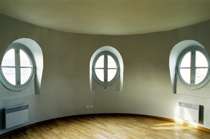 LOEIZ CARADEC ET FRANCOISE RISTERUCCI ARCHITECTES. SARL ARCHITECTURE ET URBANISME. 6 IMPASSE DE MONT-LOUIS. 75011 PARIS. HABITAT. 11 LOGEMENTS. 75001 PARIS