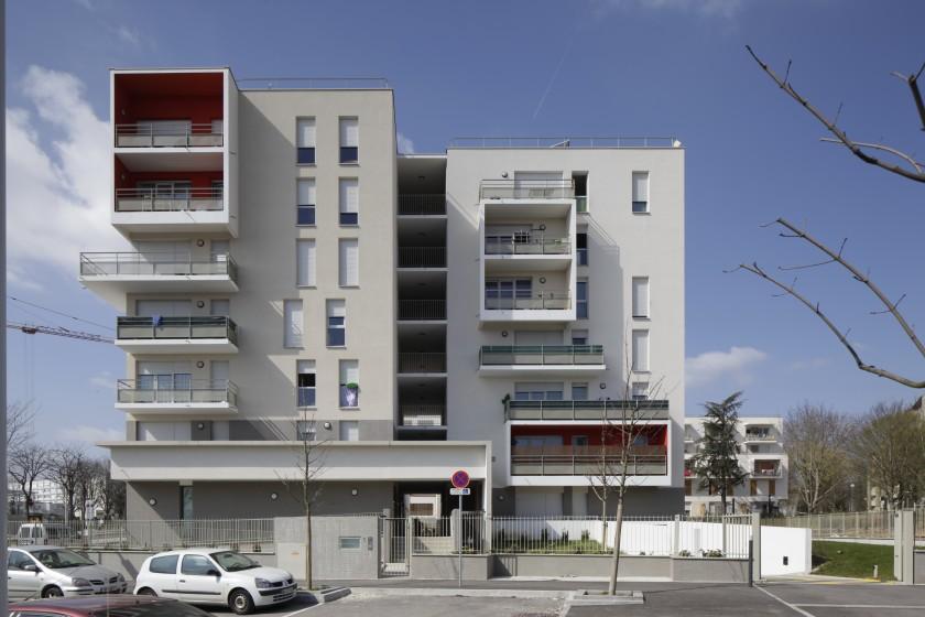 27 logements et commerces dijon 21 caradec risterucci for Dijon architecture