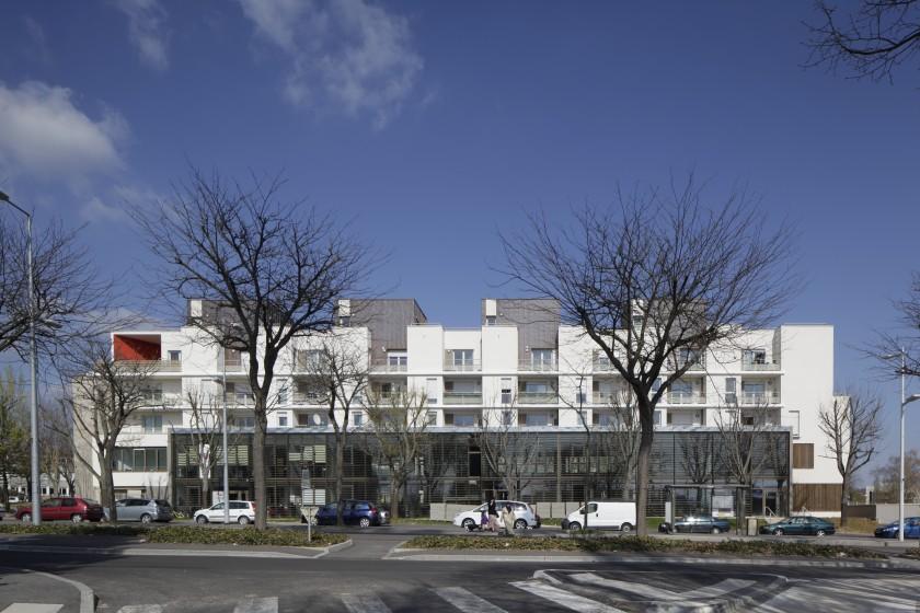 50 logements et bureaux dijon 21 caradec risterucci for Dijon architecture
